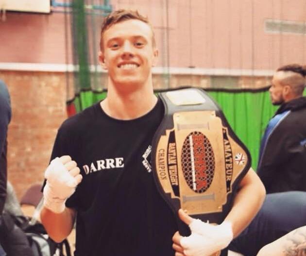 Christoffer Darre er BCMMAs nye fjærvektsmester etter kampen sin den 3.oktober foto:privat).